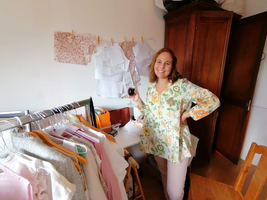 Camille Lacoste de Maison Cala dans son atelier